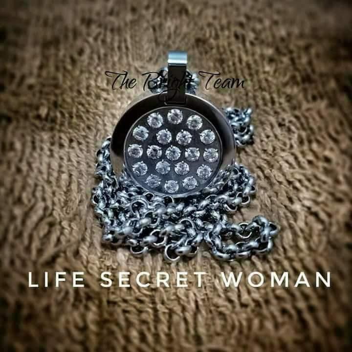 Pesona Kilau Life Secret Women | MCI