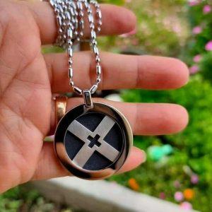 GERMANIUM X PENDANT